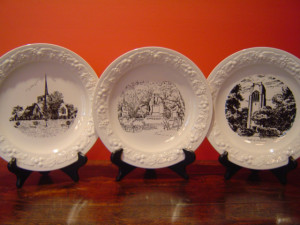 Mariemont Decorative Plates